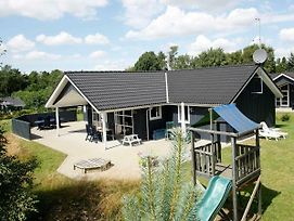 Four Bedroom Holiday Home In Hals 6 photos Exterior