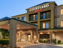 Courtyard By Marriott Lubbock photos Exterior
