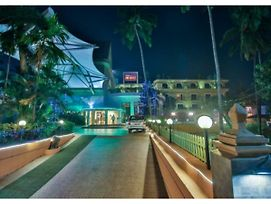 Neelams The Glitz photos Exterior
