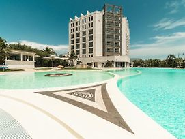 Doubletree By Hilton Olbia photos Exterior
