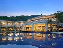 Zhoushan Ocean & Hill Cross Resort photos Exterior