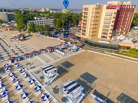 Athena Executive Apartment Mamaia photos Exterior