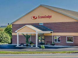 Econo Lodge Amish Country photos Exterior