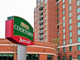 Courtyard By Marriott Ottawa East photos Exterior