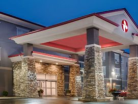 Ramada By Wyndham Moose Jaw photos Exterior