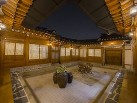 Stay256 Hanok Guesthouse photos Exterior