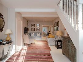 Charming, Bright, 2 Bed House In Bustling Fulham photos Exterior
