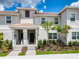 Beautiful 4 Beds Town Home For 10 People photos Exterior