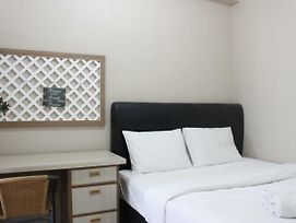 Scenic 2Br Apartment At Parahyangan Residence Near Unpar By Travelio photos Exterior