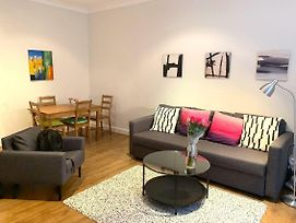 Beautiful Apartment In Central London - Amazing Location photos Exterior