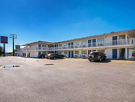 Motel 6 Corpus Christi Northwest photos Exterior