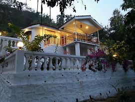 Ekdant Holiday Home Alibaug photos Exterior