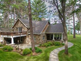 Beautiful House On West Twin Lake photos Exterior