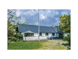 Four Bedroom Holiday Home In Hammenhog photos Exterior