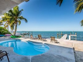 Tropical Sunset 4Bed/3Bath With Private Pool, Hot Tub & Dockage photos Exterior