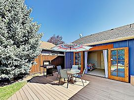 New Listing! Updated Sanctuary W/ Backyard Oasis Home photos Exterior