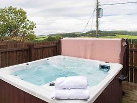 Keepers Lodge With Hot Tub Near Perth, Perthshire photos Exterior