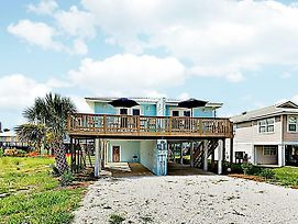 New Listing! Remodeled Beach Retreat W/ 2 Units Duplex photos Exterior