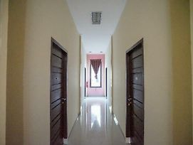 Oyo 346 Guest House Dempo Jakabaring photos Exterior