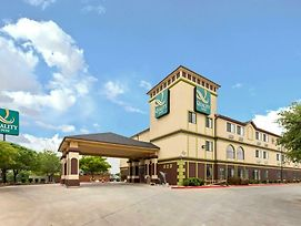 Quality Inn Near Seaworld - Lackland photos Exterior