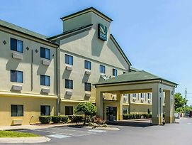 Quality Inn & Suites La Vergne photos Exterior