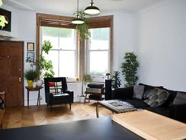 Stylish 1 Bedroom Next To Hove Station photos Exterior
