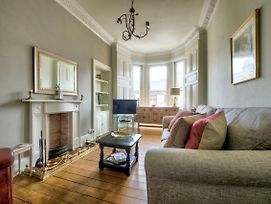 Homely 1Br Flat In Edinburgh By Guestready photos Exterior
