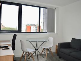 Stylish Studio Apartment In Manchester City Centre photos Exterior