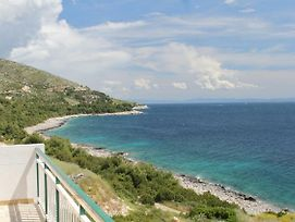 Apartments And Rooms By The Sea Milna 555 photos Exterior
