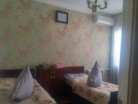 Cheap Room In The Center Of Tashkent photos Exterior