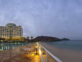 Oceanic Khorfakkan Resort And Spa photos Exterior