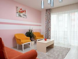 Brasov Holiday Apartments - Butterfly photos Exterior