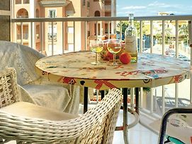 One-Bedroom Apartment In Torrevieja photos Exterior