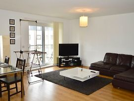 Spacious And Bright 2 Bedroom Flat In Bonnington photos Exterior