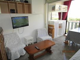 Beautiful 1-Bedroom Flat In The Pyrenees-Orientales, With Sea View & W photos Exterior