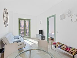 Lovely 1Bedroom In Heart Of Bcn - 2 Min From Tube photos Exterior