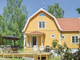 Three Bedroom Holiday Home In Saltsjo Boo photos Exterior