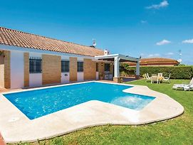 Five-Bedroom Holiday Home In Carmona photos Exterior