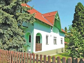 Holiday Home Majus 1. Utca Balatonlelle photos Exterior