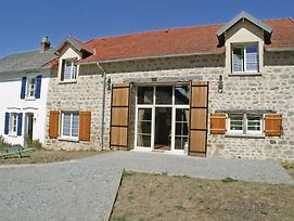 Eight Bedroom Holiday Home In Saint Dizier Leyrenne photos Exterior