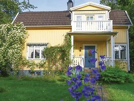 Four Bedroom Holiday Home In Motala photos Exterior
