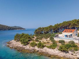 Four Bedroom Holiday Home In Mikulina Luka photos Exterior