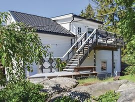 Two Bedroom Apartment In Eydehavn photos Exterior