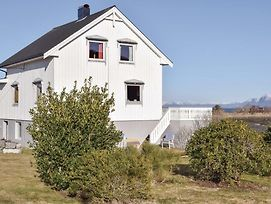 Five Bedroom Holiday Home In Fjortoft photos Exterior