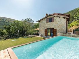 Two-Bedroom Holiday Home In Gubbio -Pg- photos Exterior