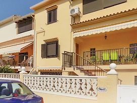 Studio Apartment In Oliva photos Exterior