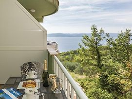 Apartment Brela With Sea View 10 photos Exterior