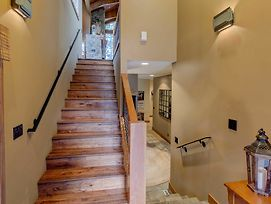 Stonegate 10 - Remodeled 4 Bedroom Home With Loft & Hot Tub photos Exterior