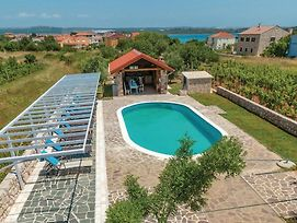Eight Bedroom Holiday Home In Pasman photos Exterior