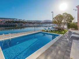 Four-Bedroom Holiday Home In Sibenik photos Exterior